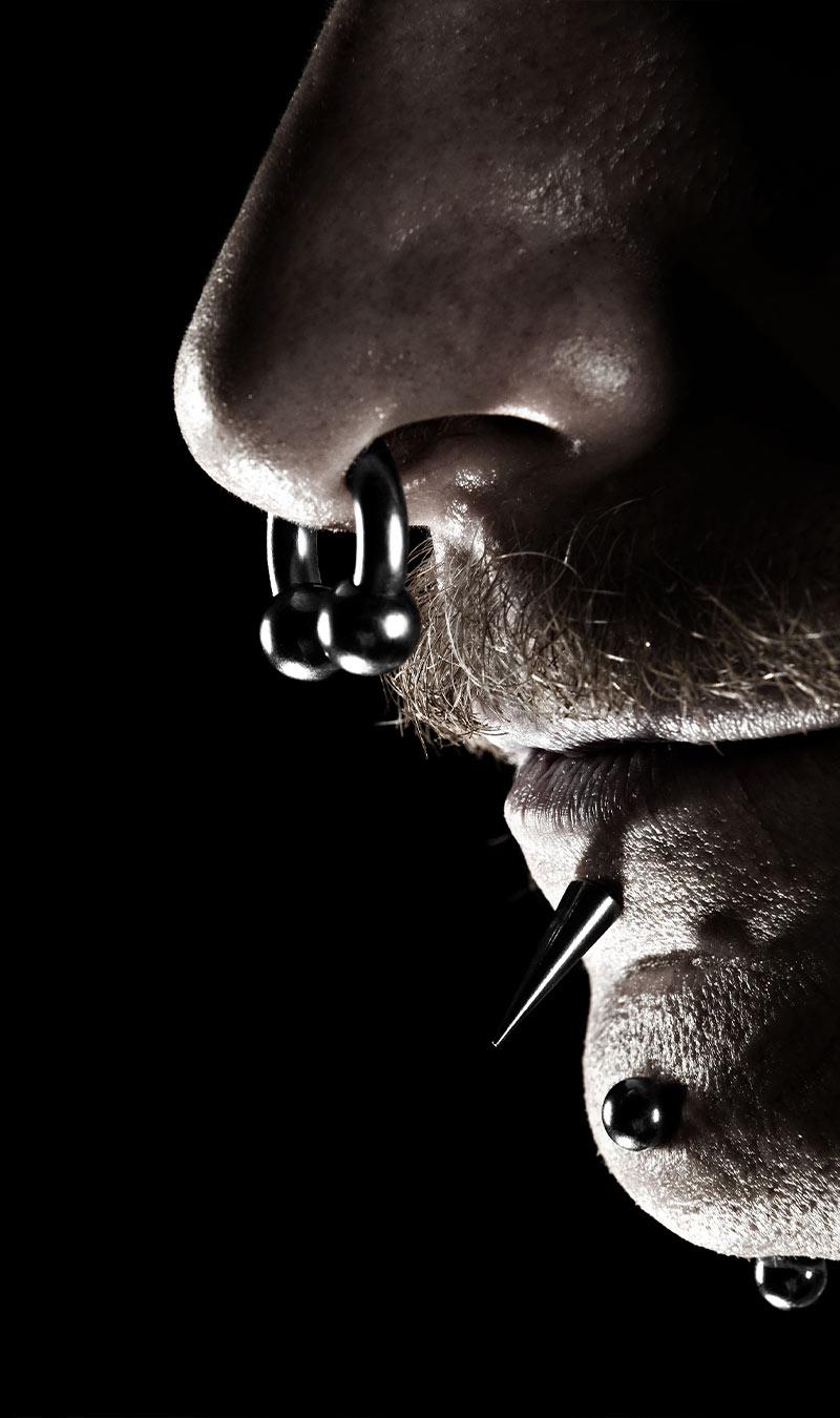 Piercing-Gesicht